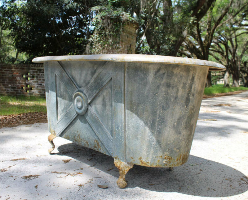 Claw Foot French Tin Garden Metal Bath Tub Stunning Aged Not for Bathing