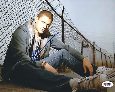 Wentworth Miller Signed 8X10 Photo  The Flash  Prison Break Psa Ac59316