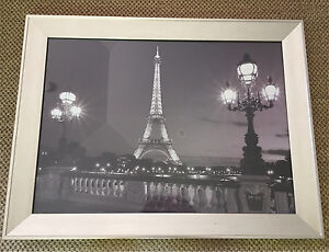 Black and white print of a photo of Paris Beecroft Hornsby Area Preview