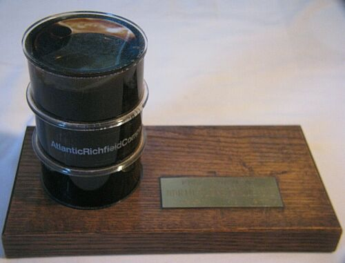 FIRST SHIPMENT NORTH SLOPE CRUDE OIL BARREL 77 ATLANTIC RICHFIELD CO PAPERWEIGHT