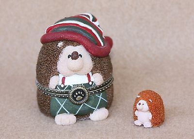 Boyds Bears Resin Ollie Hedge n Claus Christmas Treasure Box RET NEW