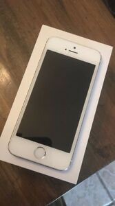 IPhone 5S 16GB Silver with Rogers