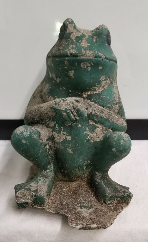 ANTIQUE SITTING RECLINING FROG Cement Concrete Toad Outdoor Pond Garden Statue