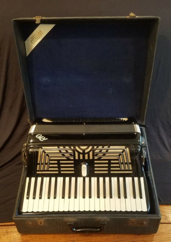Vintage Excelsior RIO Accordion with Case