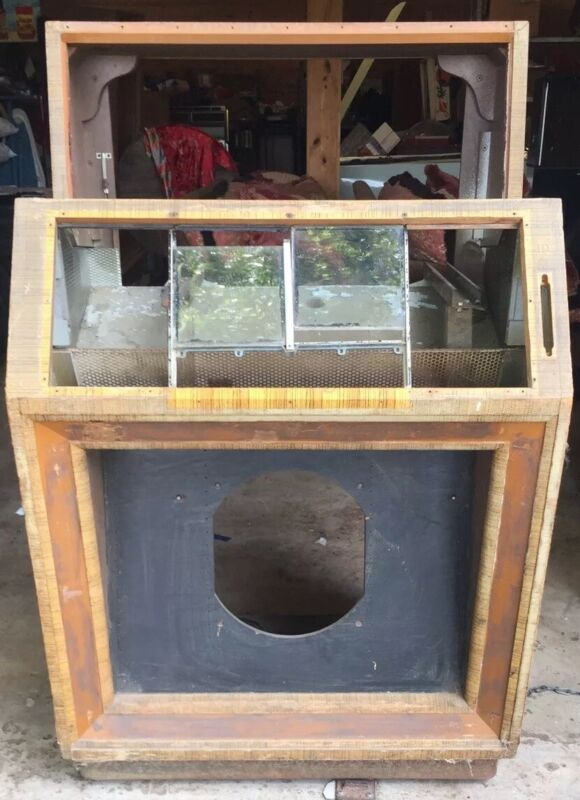 Seeburg M100B Cabinet