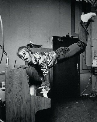 "Elton John 10"" x 8"" Photograph no 1"