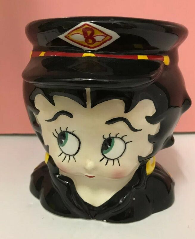 Betty Boop Mug With Cap From 1997 King Features Syndicate