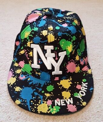 OFFICIAL NEW YORK YANKEES BASEBALL CAP. ONE SIZE. BLACK WITH SPLOTCHES. RRP £30.