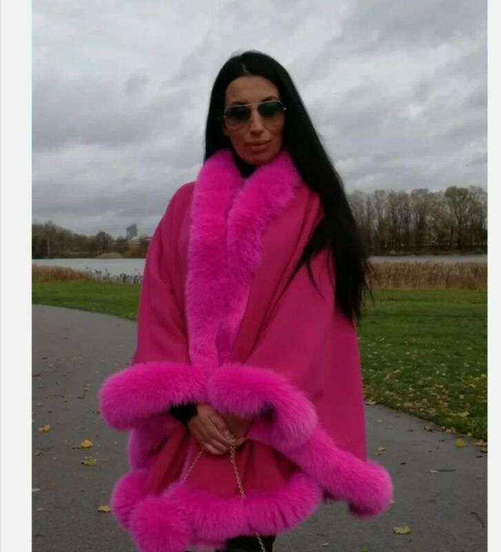BEAUTIFUL Wool ,cashmere CAPE , Shawl   WITH FOX FUR TRIM