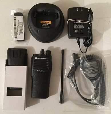 Motorola Cp200 Uhf Radio Refurbished 4 Ch 438-470 Mhz With New Accessories