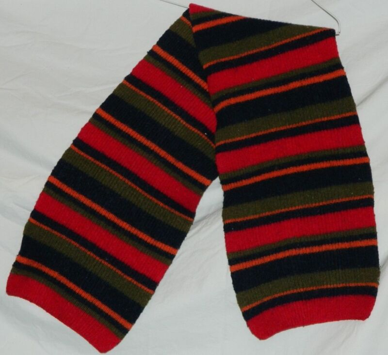 Boys Multi-Colored Scarf NICE! No Tags Feels Like Wool Acrylic Blend Red Blue