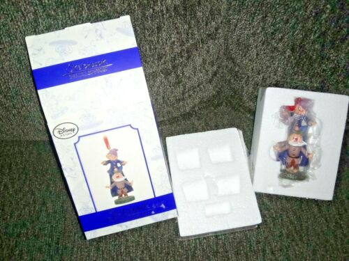 Disney Store Snow White Sneezy & Dopey Sketchbook Ornament Limited edition LE