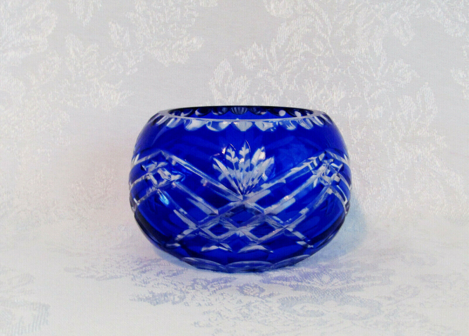 Vintage Cobalt Blue Cut To Clear Small Crystal Bowl - $38.00