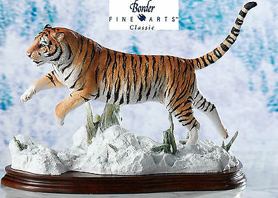 NEW Rare Border Fine Arts Classic  Siberian Tiger B0988 By David Mayer