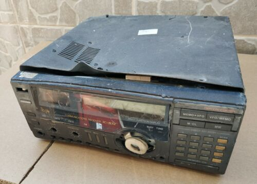 ICOM IC-R72 COMMUNICATIONS RECEIVER , SOLD AS IS FOR PARTS