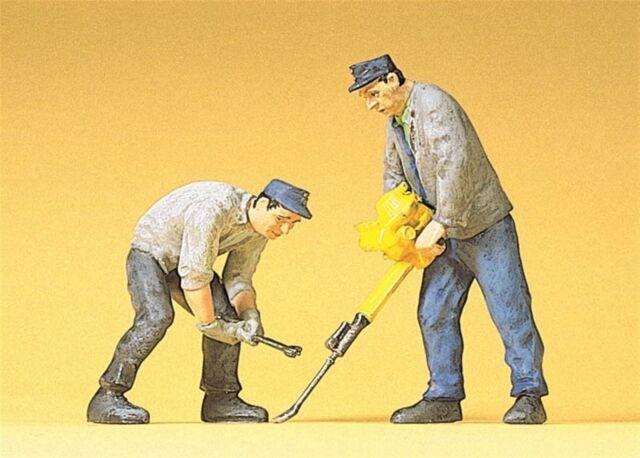 Preiser 45019  1:22,5 LGB; 2 Gleisbauarbeiter