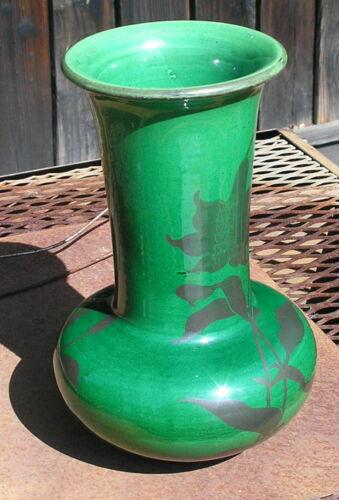 Meiji Japanese Green Vase Shofu Katei