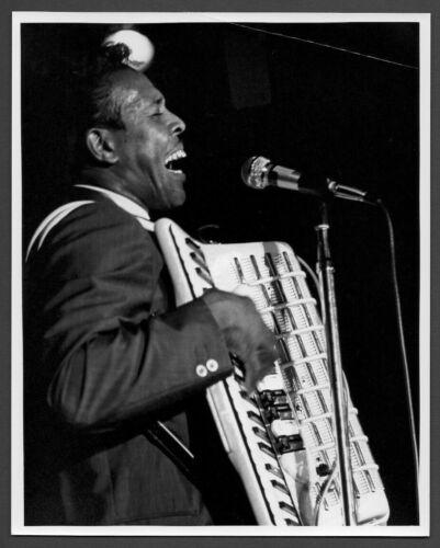 CLIFTON CHENIER blues singer accordionist ORIG PHOTO by TOM COPI accordion
