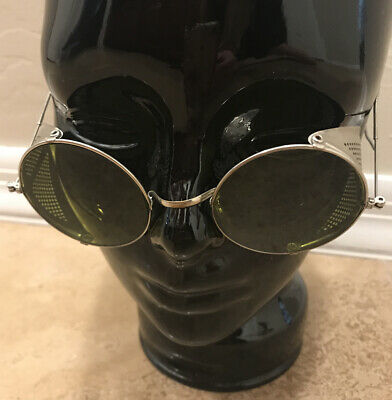 Vintage Sunglasses Green Lens W/Metal Folding Sides Safety Goggles Steampunk USA