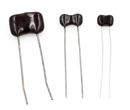 Radial Dipped Silver Mica Capacitors, 1.2pF to 1,000pF, 100V to 1500V - Lot of 3