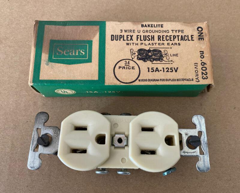 Vintage Sears Bakelite Duplex Flush Receptacle Outlet in Original Box ~ Ivory