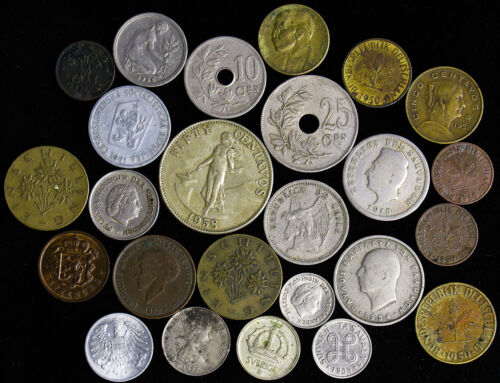 Lot of 25 Old World Foreign Coins Luxembourg Philippines Germany El Salvador Chi