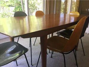 1960's Solid Teak Dining Table - Mid Century Modern 60's vintage retro