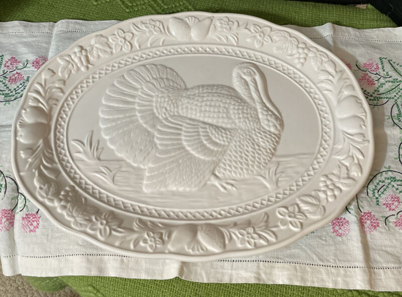Vintage White Embossed Ceramic Turkey Platter Thanksgiving / Fall Decor Japan