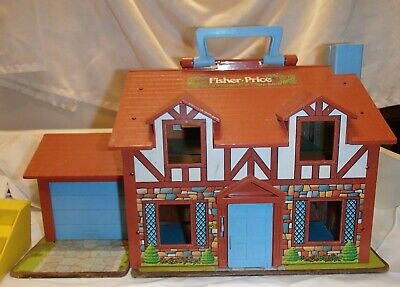 Vintage Fisher Price Little People House 952 plus accessories