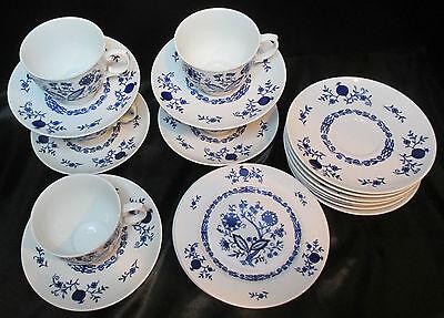 Seltmann Weiden Blue Onion Christina Dresden  Porcelain W. Germany 19 Pieces