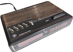 VINTAGE GE 7-4612B General Electric Digital Alarm Clock Radio Tested Working