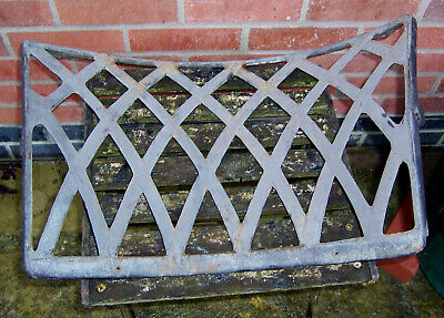 Vintage iron/cast iron curved back seat/chair section 22