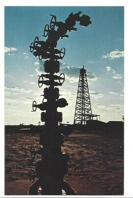 Christmas Tree Drilling Rig Basin Petroleum Museum Midland Texas Postcard 1979  (Midland Tree)