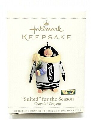 RARE NEW 2006 SUITED FOR THE SEASON CRAYOLA CRAYONS HALLMARK CHRISTMAS ORNAMENT