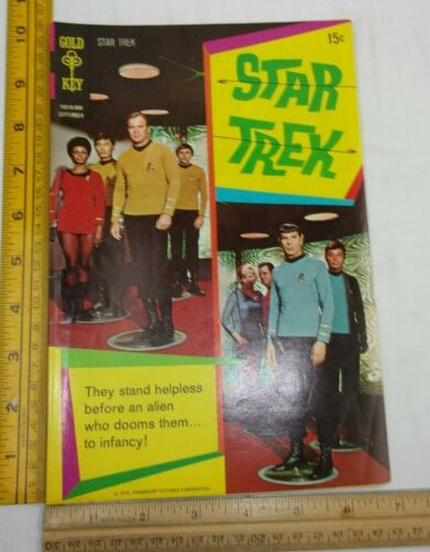 Star Trek 8 Gold Key TV comic book 1960s F Spock Leonard Nimoy crew cover