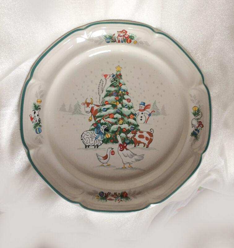 4 International China COUNTRY CHRISTMAS Dinner Plates