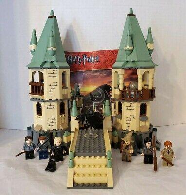 LEGO Harry Potter Hogwarts (4867) - 100% COMPLETE!!