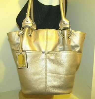 Gorgeous! TIGNANELLO Light Gold Metallic Leather Shoulderbag.