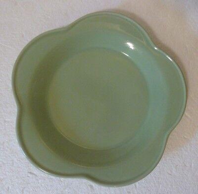 "Workshops of Gerald E. Henn Pottery Green Tulip Dinner Plate 10"" D Replacement"
