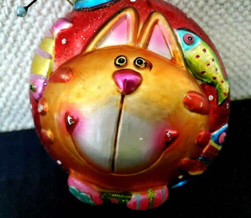 WHIMSICAL, CHESHIRE SMILING CAT w. FISH, COLORFUL GLASS HOLIDAY ORNAMENT