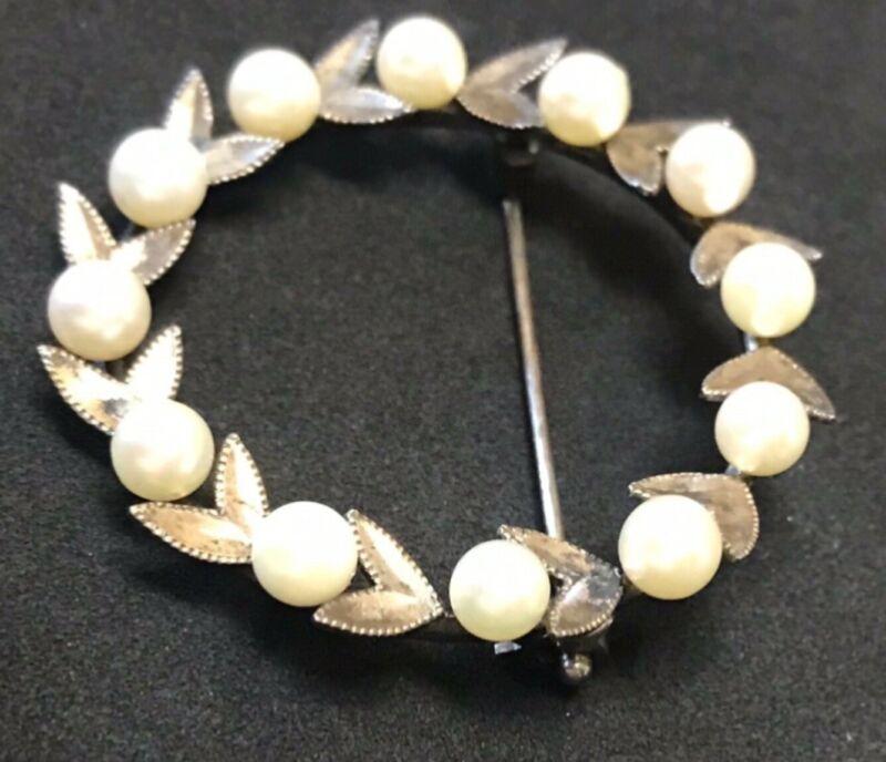 Vtg 925 Wreath Brooch w, Pearls, Decorative Leaves, Sterling Silver Pin/Brooch