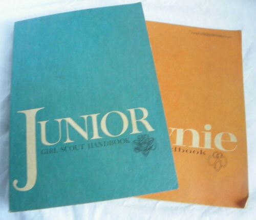 lot of 2 Vintage 1963 Girl Scout Manual Handbooks Junior & Brownie Book