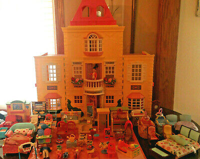 FISHER PRICE LOVING FAMILY TWIN TIME DOLL HOUSE LOT 72pcs FURNITURE PEOPLE