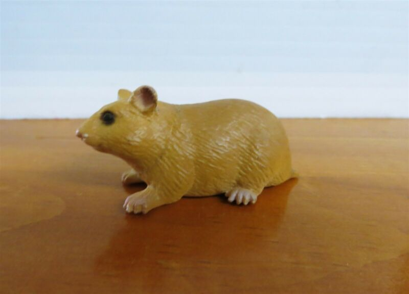 Schleich Hamster 14403 4.5cm Introduced: 2002; Retired: 2004