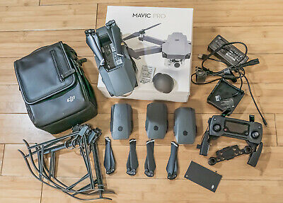 DJI Mavic Pro 4K Quadcopter with Remote Controller, 3Batteries
