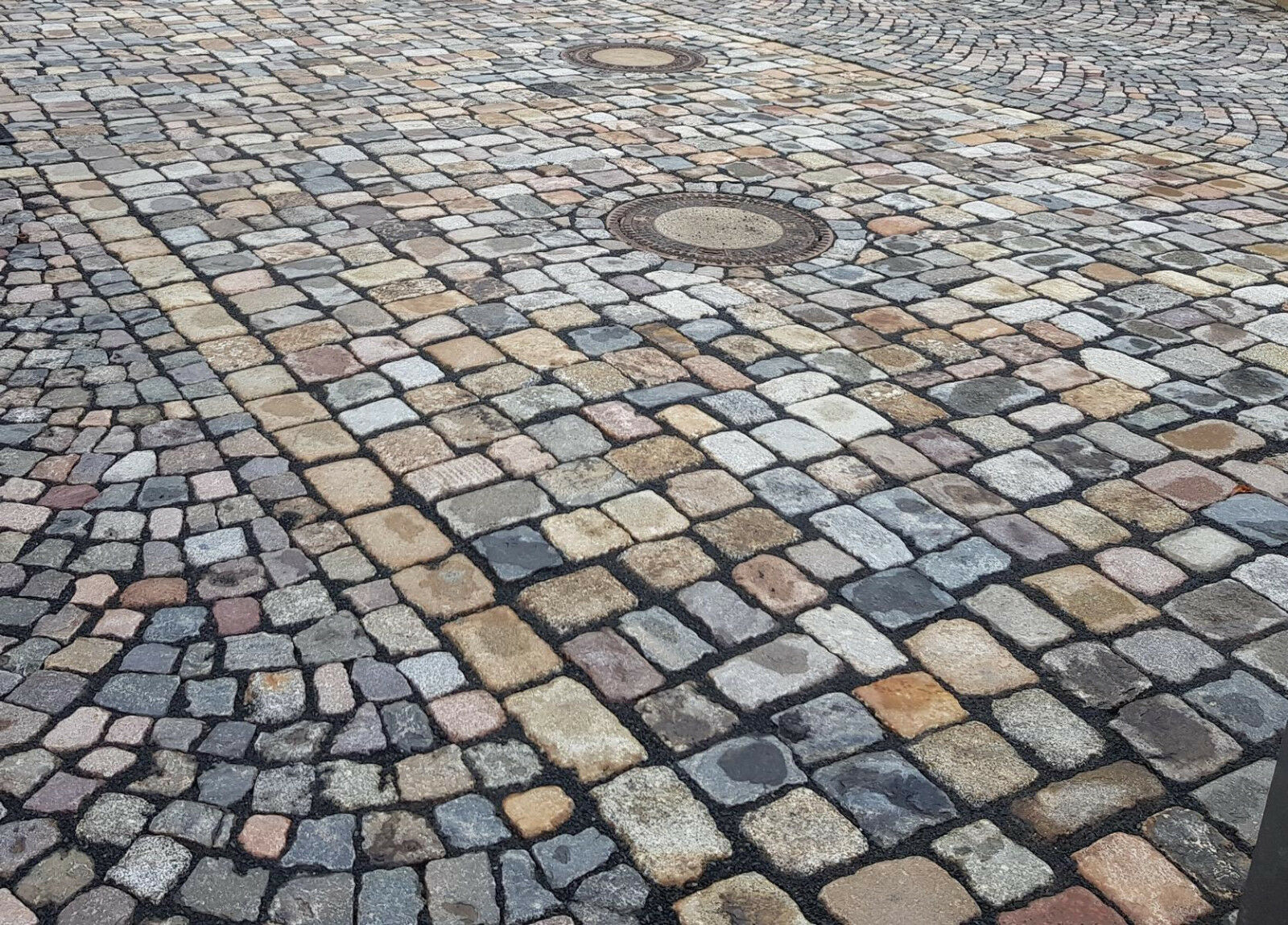 pflastersteine gebraucht, bunt, granit u. a.,