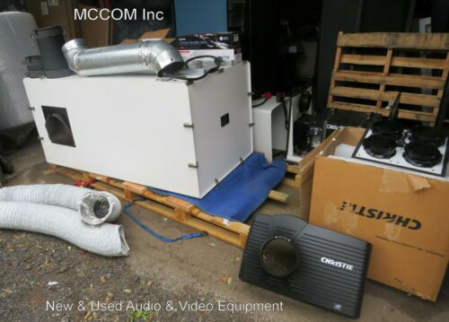 Christie D4K3560 DLP 4K Projector w/ Lens, Ballast,Bulbs, Cyclone 8450 Enclosure