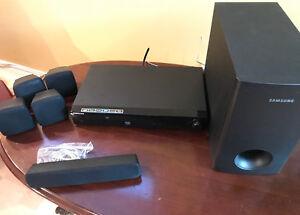 Samsung Home theatre system / système de cinéma maison Samsung