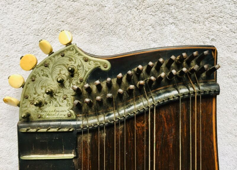 Antique Zither Rosewood with Inlay and Engraving, G Tiefenbrunner, Munich 1842