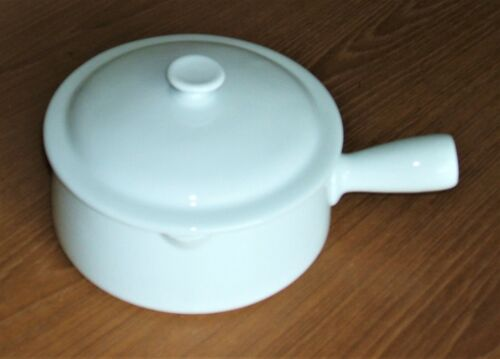 APILCO WHITE BAKEWARE 1QT INDIVIDUAL COVERED CASSEROLE 2PC FRANCE SERVING SAUCE